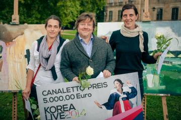 Gewinner Canalettopreis 2014 – 1. Platz: Ulkrike Pisch & Olaf Amberg – 2. Platz: Maja Drachsel (Aufstellung von links nach rechts)